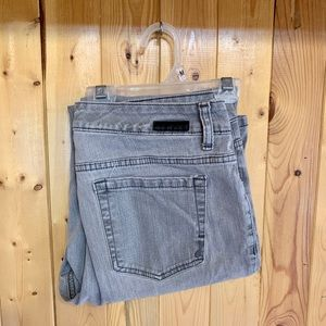3/30$ Jones New York Gray straight leg jeans sz 10